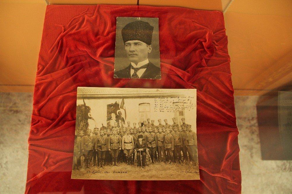 İzmir'de Orijinal Atatürk Eserleri Sergisi